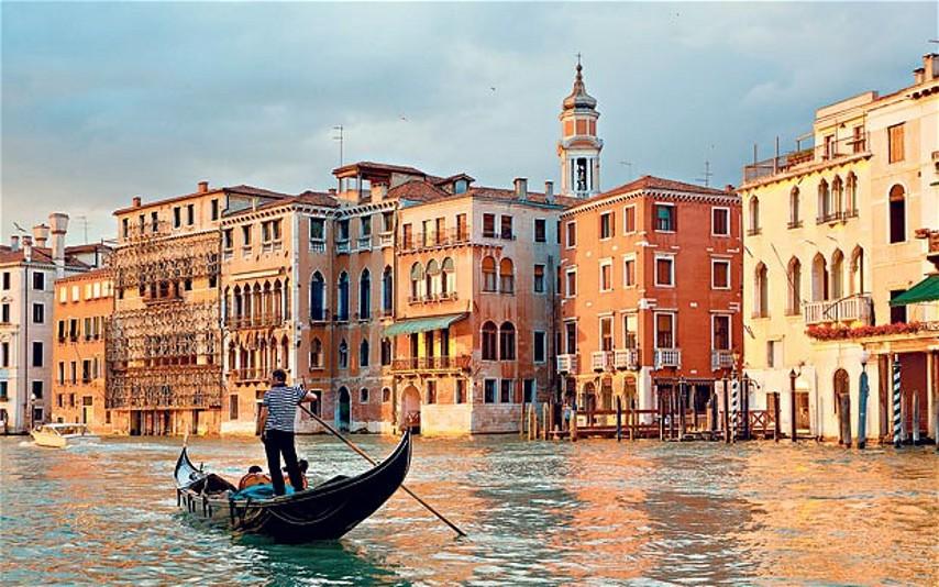 Транспорт Венеции, гондолы Венеция