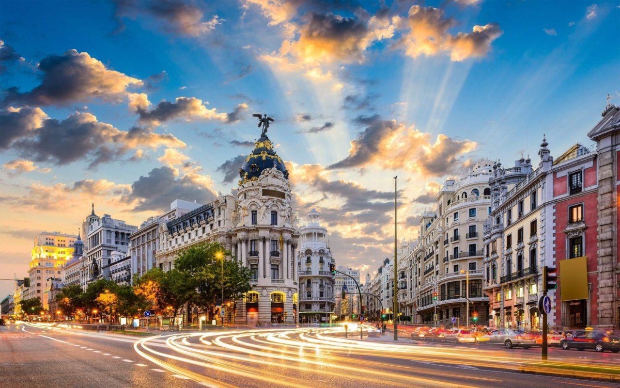 Туристический маршрут по Мадриду: Gran Vía, Malasaña и Chueca