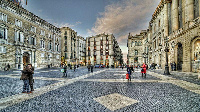 Улицы и площади Барселоны - Plaça_de_Sant_Jaume_Barcelona