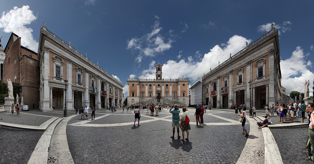 rome-piazza-del-campidoglio
