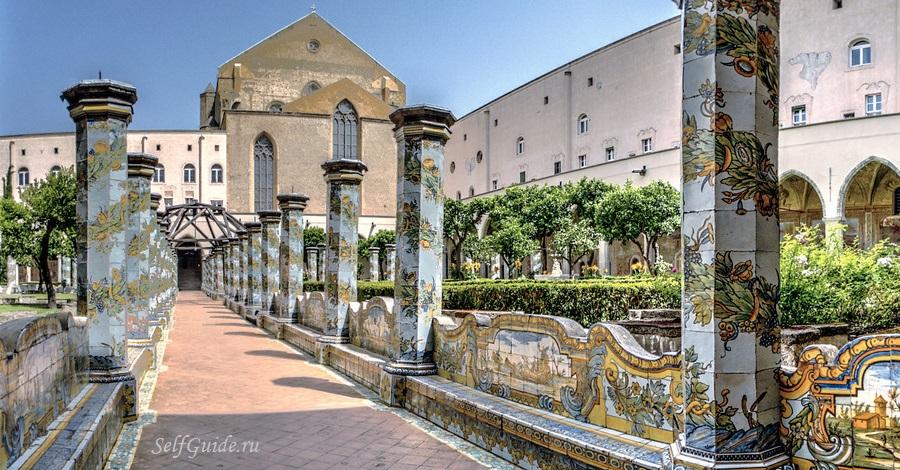 Монастырь Санта Кьяра - церкви Неаполя Santa Chiara Napoli, достопримечательности Неаполя, что посмотреть в Неаполе